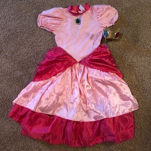 New Super Mario Bro's Princess Peach costume (M)